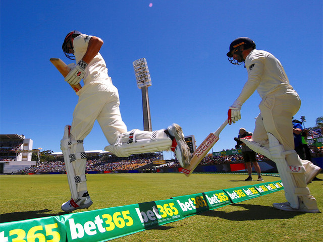 Ashes, 3rd Test: Day 1 in pictures