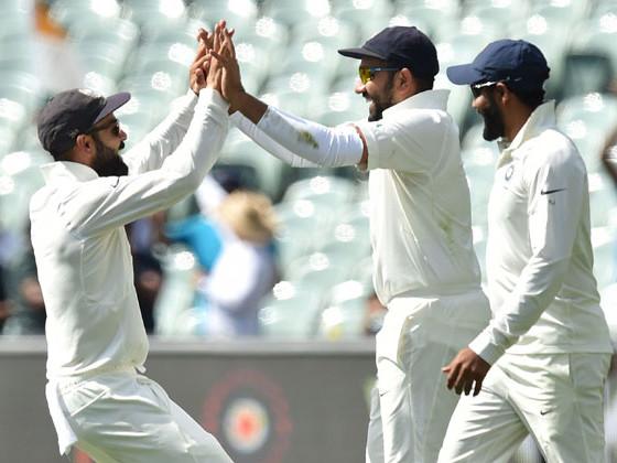 पहिल्या कसोटी सामन्यावरील भारताची पकड घट्ट