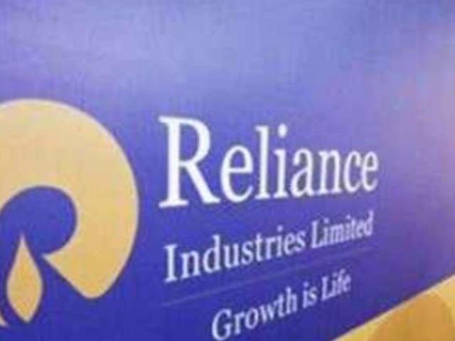 Reliance says on track to produce gas from newer fields by mid-2020