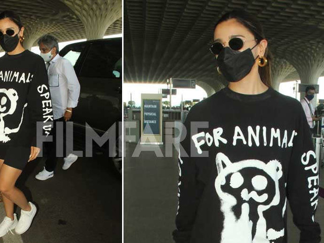 Pictures: Alia Bhatt clicked at the airport