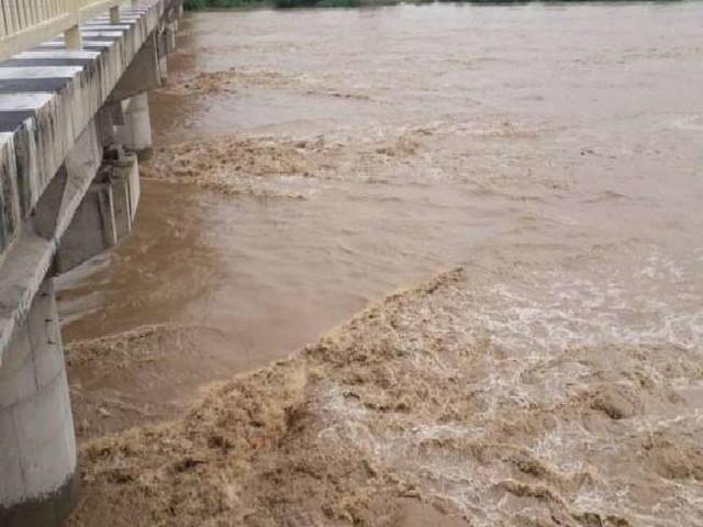Flood in MP: चंबल में उफान का खतरा बरकरार, पांच करोड़ में बना नया बांध भरते ही फूटा