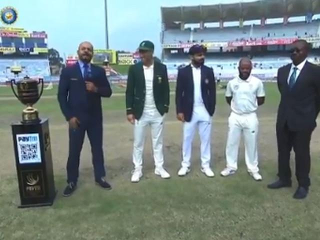 INDvsSA : भारताची नाणेफेक जिंकून फलंदाजी; नदीमचे पदार्पण