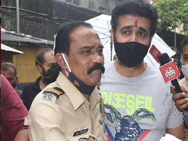 Raj Kundra के पास पुलिस को मिले 119 अश्लील वीडियो, इतने करोड़ में बेचने की थी प्लानिंग