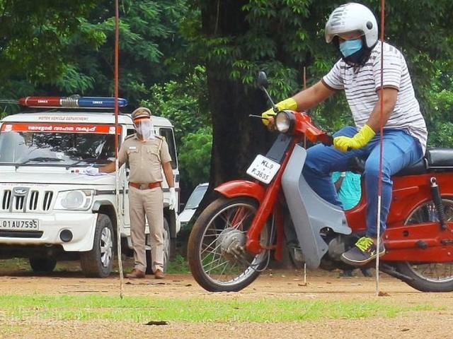 സെർവർ തകരാർ: രണ്ടുലക്ഷത്തോളം പേർക്ക് ലൈസൻസ് കിട്ടാൻ ഒരുവർഷത്തോളം വൈകും