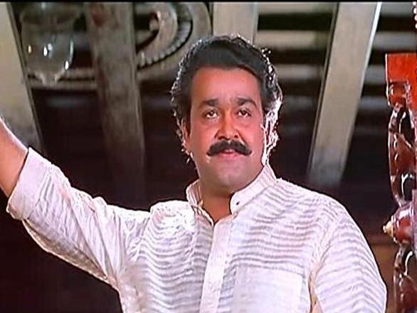 ആറാം തമ്പുരാന് ആദ്യം പ്ലാന് ചെയ്തത് മറ്റൊരു നടനെ വച്ച് ! അന്ന് അത് സംഭവിച്ചിരുന്നുവെങ്കില് മലയാള സിനിമയുടെ ഗതി തന്നെ മാറിയിരുന്നേനെ…