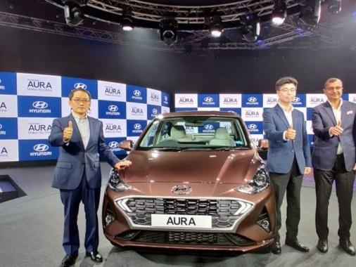Hyundai Aura Compact Sedan Launched At INR 5.80 Lakh