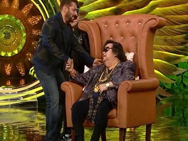 Bigg Boss 15: बप्पी लहरी ने बताया अपने नाती का नाम 'सूटकेस', सलमान खान ने दिए ऐसा रिएक्शन