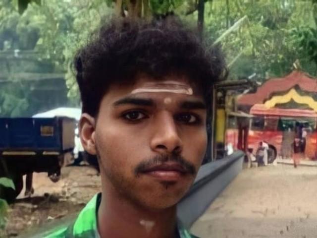കണ്ണൂരിലെ കോവിഡ് ചികിത്സാകേന്ദ്രത്തില് രോഗി തൂങ്ങിമരിച്ച നിലയില്