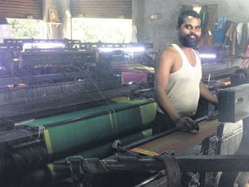 Sircilla attracts migrant weavers