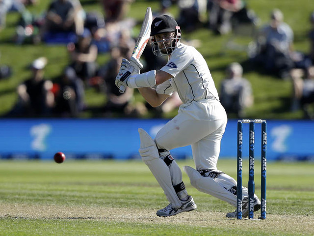 Williamson dominant as NZ put pressure on Windies