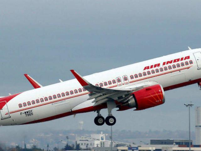 Man tries to enter cockpit of Air India's Milan-Delhi flight