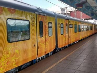 दिल्ली-लखनऊ तेजस एक्सप्रेस में सफर करने वालों को मुफ्त में मिलेगा 25 लाख का यात्रा बीमा