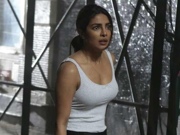 ख़ुशियों के बाद प्रियंका चोपड़ा के जीवन में आया ग़म का लम्हा, इस शो को कहा अलविदा