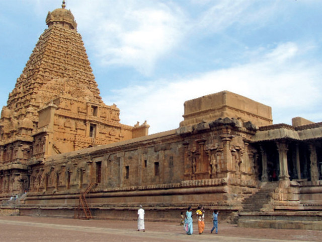 Plan a visit to Thanjavur to experience the Chola grandeur