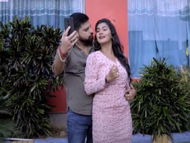 Trisha Kar Madhu का MMS लीक होने के बाद अब नया गाना 'वायरल भईलू फेसबुक प' हुआ रिलीज, देखें वीडियो
