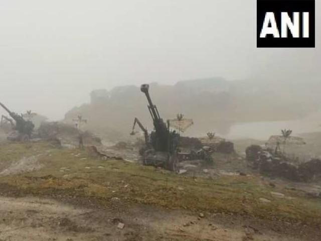 भारतीय सेना ने अरुणाचल प्रदेश में एलएसी पर तैनाती की बोफोर्स तोपें, चीन को मिलेगा करारा जवाब