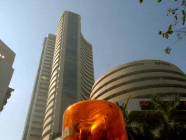 Market mayhem: Global sell-off, weak rupee jolt Sensex, ends 760 points down; Nifty below 10,250