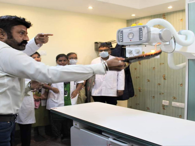 Indo American Cancer Hospital launches digital radiography machine 'FDR SMART F'