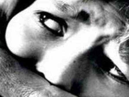 കൂട്ടബലാത്സംഗത്തിനിരയായ ഒമ്പതാം ക്ലാസ് വിദ്യാര്ഥിനി ആത്മഹത്യയ്ക്ക് ശ്രമിച്ചു; അക്രമം, കലാപം
