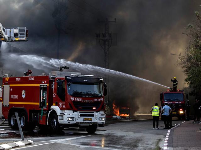 Israeli strikes kill 2 Gaza militants; death toll now at 12