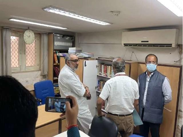 केंद्रीय ग्रामीण विकास मंत्री गिरिराज सिंह बोले, परिसर की स्वच्छता के साथ कार्यों में लाएं पारदर्शिता