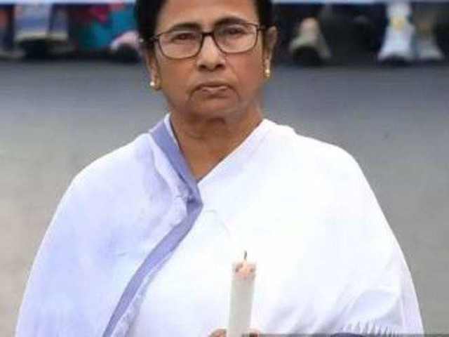 Mamata Banerjee accepts all demands of protesting doctors, urges them to resume work