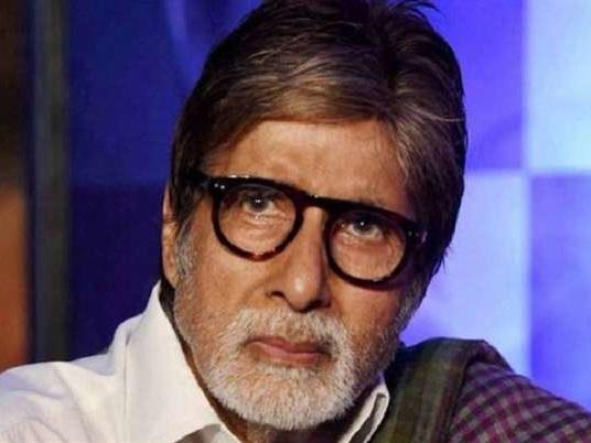 'ठग्स ऑफ़ हिंदोस्तान' के सेट को अमिताभ बच्चन ने बताया Zombie Region