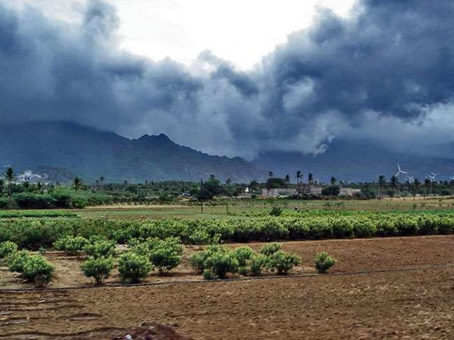 Monsoon Updates: उत्तर भारत के लिए मानसून की स्थितियां अभी अनुकूल नहीं, पूर्वी यूपी क्षेत्र में चक्रवातीय स्थिति बनी बाधा