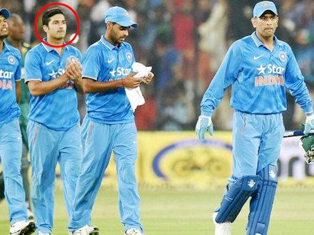 9 साल पहले छोड़ने वाला था क्रिकेट, फिर धोनी ने बदल दी इस प्लेयर की Life