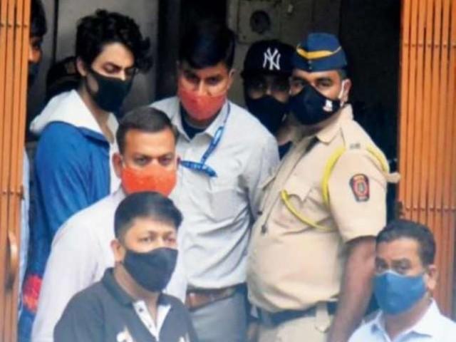 Aryan Khan के दोस्त अरबाज मर्चेंट सोमवार को करेंगे बेल के लिए अप्लाई, वकील ने जानें क्यों मांगे क्रूज शिप के सीसीटीवी फुटेज