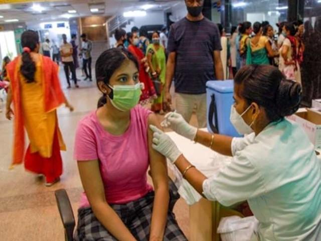Covid-19 Vaccination in India : आजादी के 75वें वर्ष में 75 करोड़ टीकाकरण का आंकड़ा पार, WHO ने की तारीफ