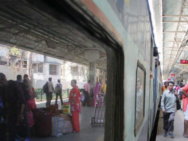 Government to list rail PSUs IRCTC, IRFC