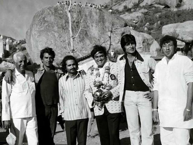 अमिताभ और धर्मेंद्र की फिल्म 'शोले' के 43 साल पूरे