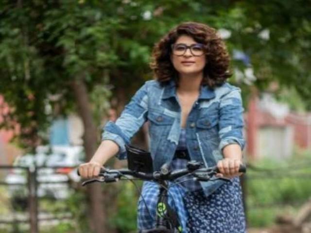 Tahira Kashyap ने 'शर्माजी की बेटी' के सेट पर की लेविटेटिंग, वीडियो शेयर कर बताया शूटिंग का अनुभव