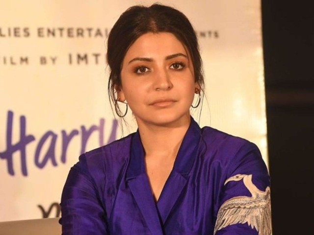 Watch: Anushka gets hit by midweek blues
