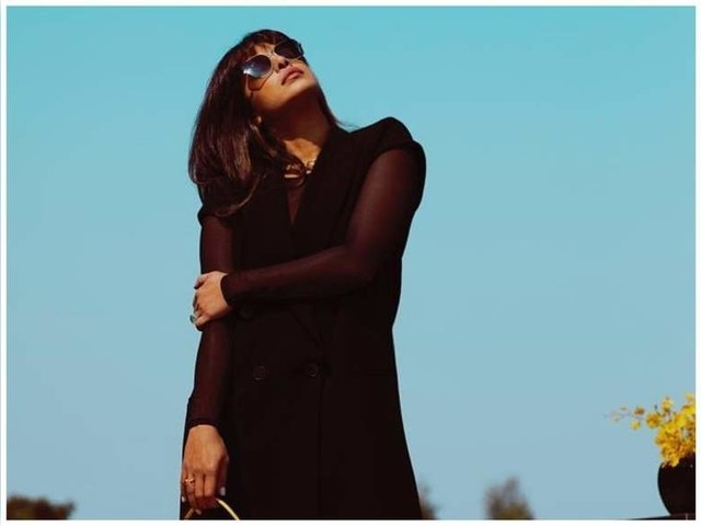 Priyanka Chopra looks picture perfect
