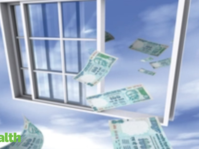 Folios in international funds triple as investors diversify portfolios
