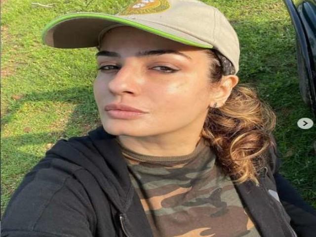 Raveena Tandon ने जंगलों में होने वाली रोडकिलिंग को लेकर जताई चिंता, कहा- 'हम अपने जीवों को सड़क हदसों में खो देते हैं'