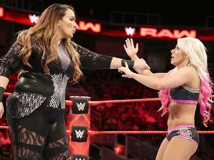 WWE में इस लेडी पहलवान से पंगा लेना पड़ गया भारी, फिर आए इतने ट्विस्ट