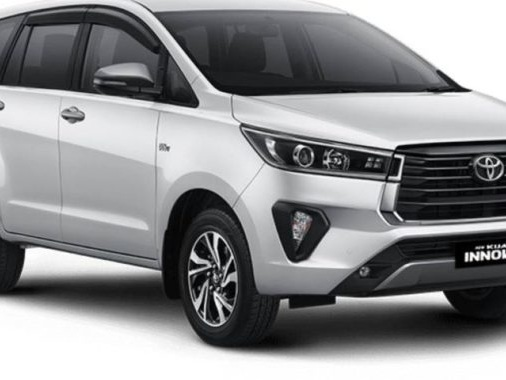 New Toyota Innova Crysta Facelift To Be Launched Very Soon