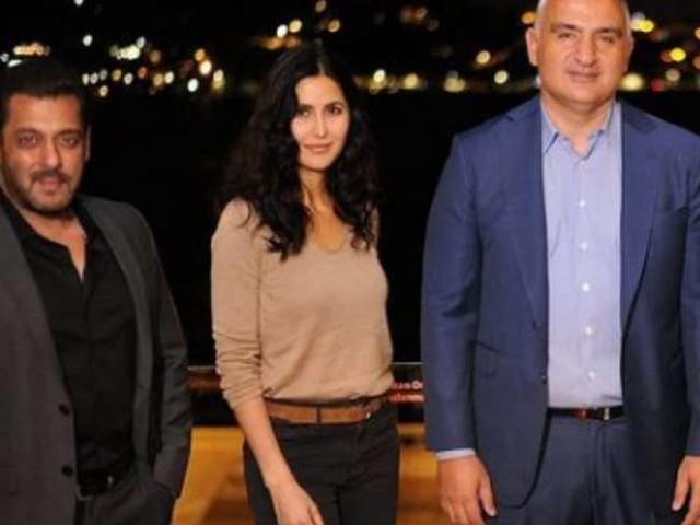 'टाइगर 3' की शूटिंग के लिए तुर्की पहुंचे सलमान और कटरीना ने की पर्यटन मंत्री से मुलाकात, देखें तस्वीरें