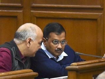Kejriwal, Sisodia take oath as members of Delhi Legislative Assembly