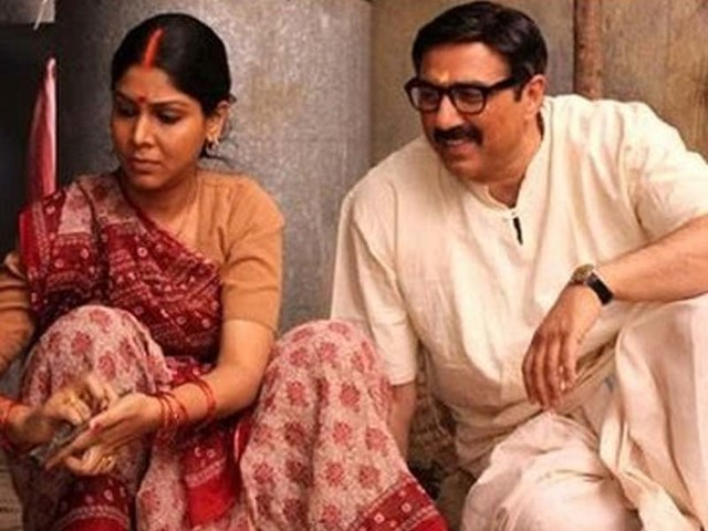 Sunny Deol-Sakshi Tanwar's 'Mohalla Assi' to finally release?
