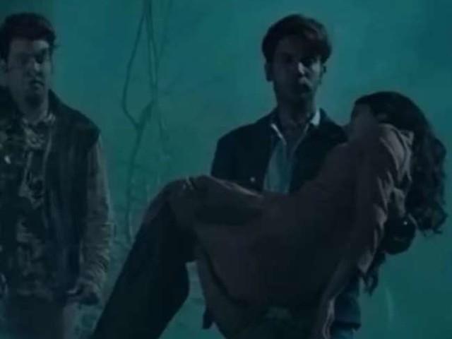 Kiston Song: जाह्नवी कपूर-राजकुमार राव की फिल्म 'रूही' का दूसरा गाना 'किस्तों' रिलीज, डरी-सहमी सी नजर आईं एक्ट्रेस
