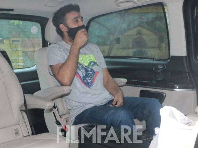 Pictures: Raj Kundra returns home after being granted bail