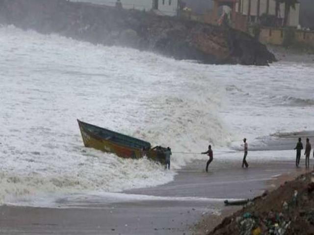Cyclone Gulab: चक्रवात तूफान के आज शाम तक आंध्र और ओडिशा पहुंचने की है संभावना, पीएम मोदी ने ली स्थिति की जानकारी