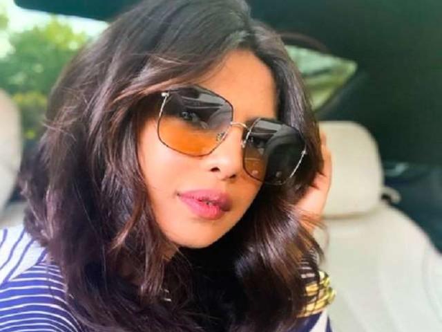 Priyanka Chopra ने मनाया 'नेशनल सेल्फी डे' का जश्न, शेयर की ये खास तस्वीर