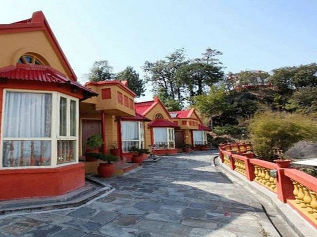 Eight Indian tourists found unconscious in Makawanpur resort; airlifted to Kathmandu