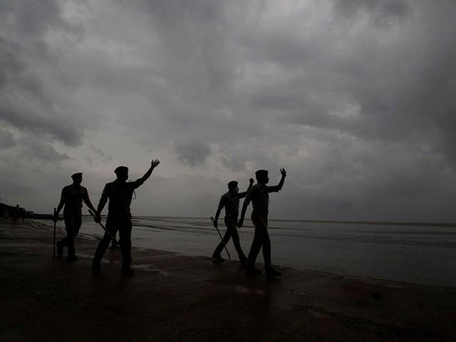 चक्रवात यस पर अपडेट: झारखंड और पश्चिम बंगाल की सीमा से लगे बिहार जिलों में एनडीआरएफ और एसडीआरएफ टीमों की तैनाती | द वेदर चैनल – द वेदर चैनल के लेख