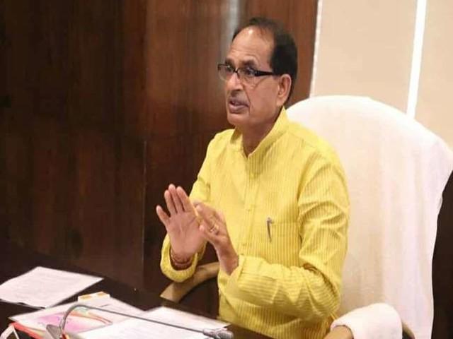 MP Flood Updates : सीएम शिवराज सिंह ने राहत व बचाव कार्य के लिए सेना की 4 टुकड़ियों की मांग की, अटल सागर मड़ीखेड़ा बांध के 10 गेटों को खोला गया
